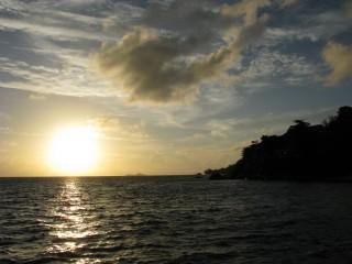 Sonnenuntergang auf Praslin / Seychellen